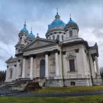Суми. Троїцький собор: найбільша усипальня, в якій нікого не ховали