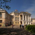 Вороновиця. Палац Грохольський та храми