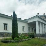 Лемешівка. Палац-монастир.