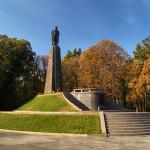 Могила Тараса Шевченка та державний історичний та природний музей-заповідник