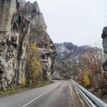 Болгарія. Іскирська ущелина. Лютидол та Череписький монастир