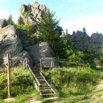 Тустань. Середньовічна фортеця на скелях