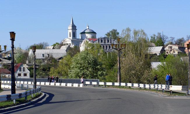 Панорама Богуслава із правого берега Росі