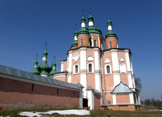 Густыня. Петропавловская церковь