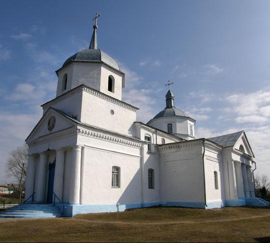 Ичня. Спасо-Преображенская церковь