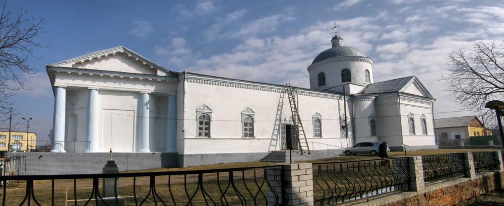 Ичня. Воскресенская церковь