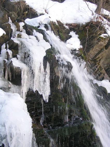 Карпатський біосферний заповідник. Водоспад