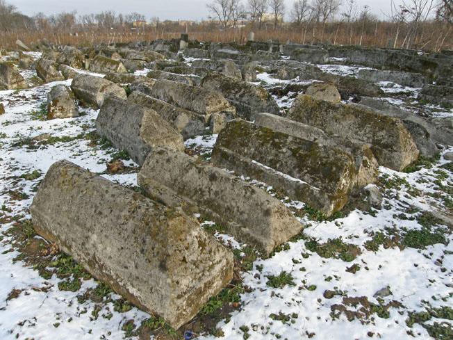Найстаріші могили