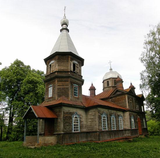 Лариновка. Покровская церковь
