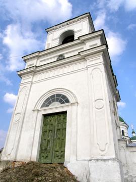 Петровское. Михайловская церковь. Колокольня