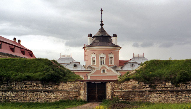 Золочівський замок - головна пам'ятка Золочева