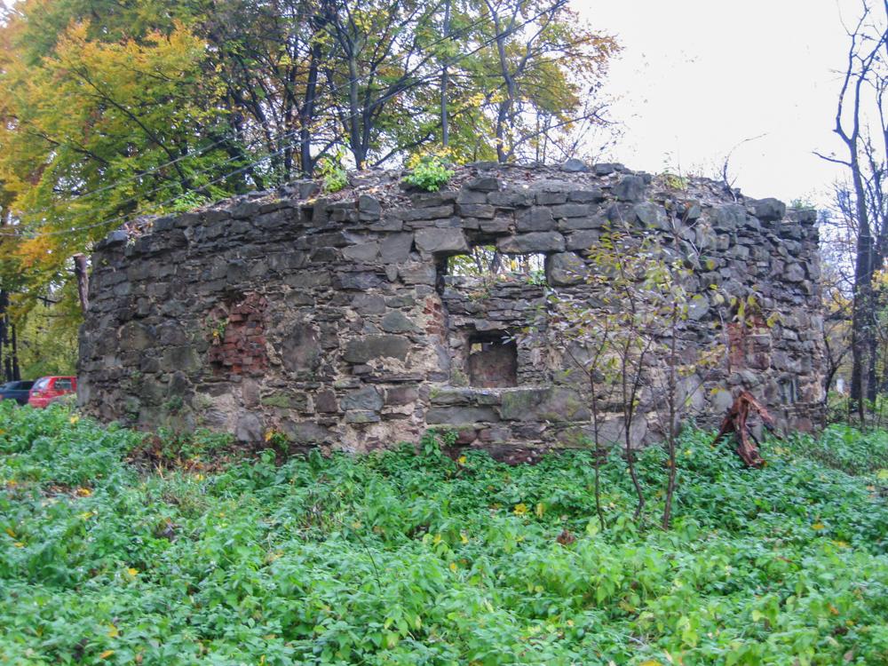 Надвірна. Замок Краснодвір