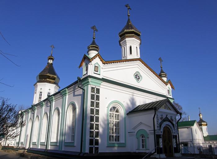 Полтавський Хрестовоздвиженський монастир. Троїцька церква