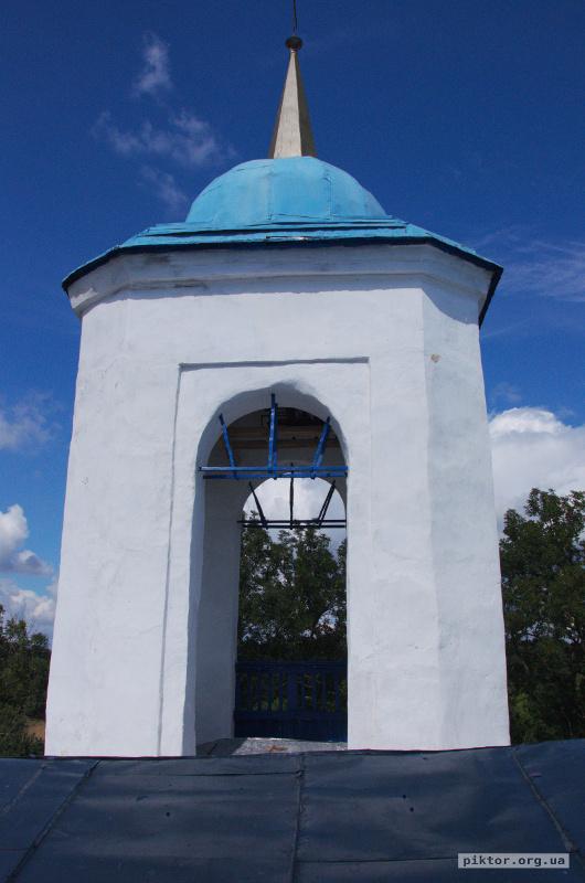 Дах Успенської церкви